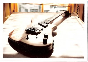 Egypt guitars Isis prototype oblique pic